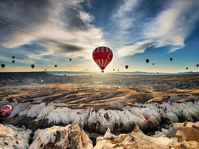 <土耳其经典8晚11日>天空之镜 图兹库一天自由活动 世界遗产 特洛伊木马城